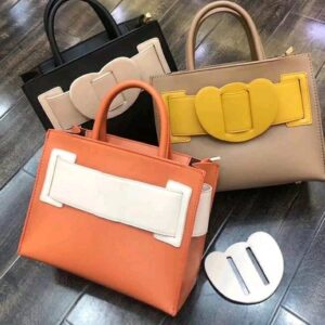 Bag for cooperate looks